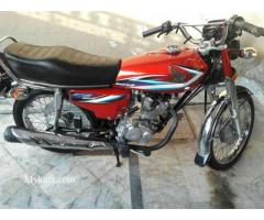 Honda 125 pindi no 2014 just like new scratchless condition low mileag
